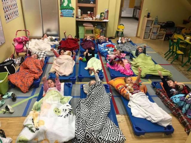 Smerfna nocka w przedszkolu